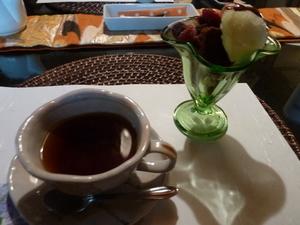 料理5コーヒーとアイス.JPG